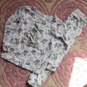 Gap Elsa pajama set